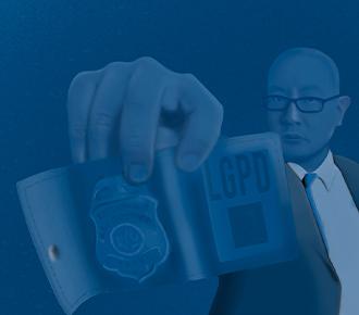 Um distintivo ilustra a proteção de dados da LGPD.