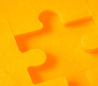 Imagem de um quebra-cabeças, no qual falta uma peça. Relaciona-se a necessidade de possuir a integração de canais para ter um atendimento omnichannel.